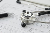 レアな未経験可♪カルテ入力や診断書作成など、ドクターやナースを事務サポート。
